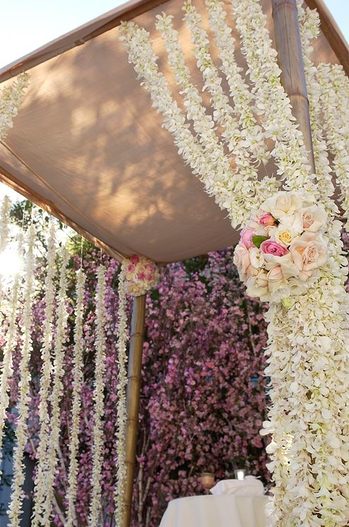 Hanging Flower Strands for an Elegant Wedding