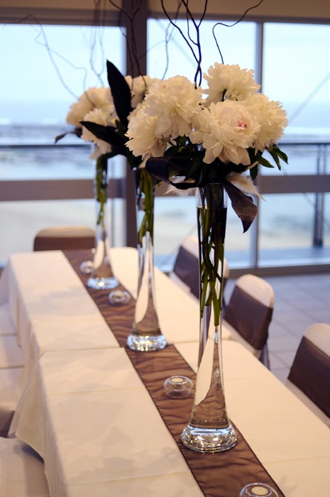 Tips for Using Eiffel Tower Vases for Wedding Centerpieces - Elegant ...