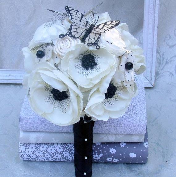 How to Make Fabric Flower Bouquets