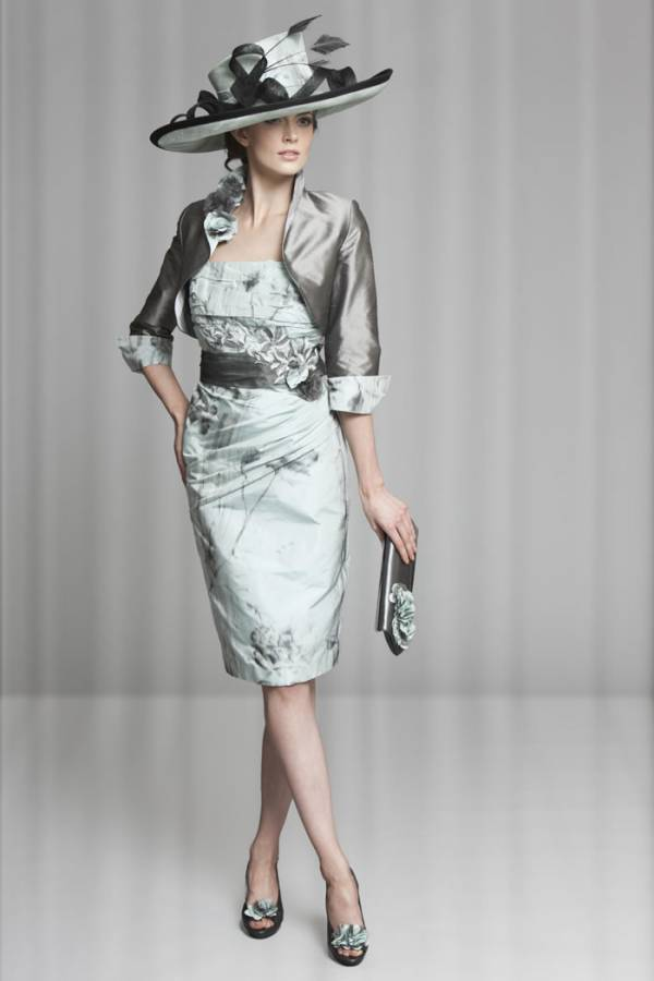 How to choose a stunning mother of the groom dress for Wedding dress for mother of the groom