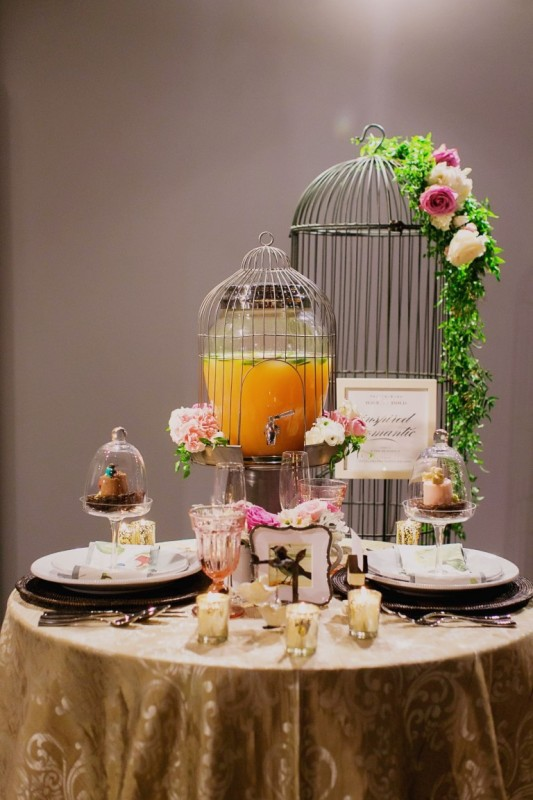 How to Create Tabletop Vignettes for the Perfect Reception Décor