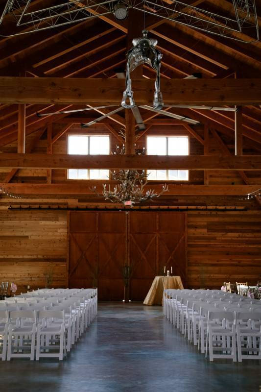 A Sweet and Dainty Ranch Wedding