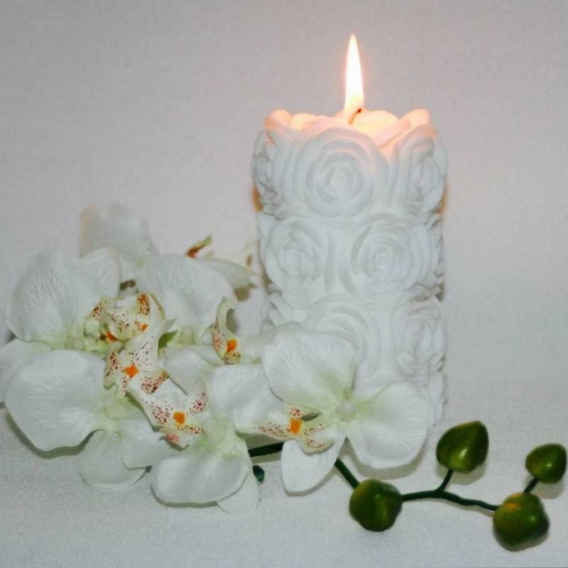 Carved Candles: Adding Gorgeous Elegance to Your Wedding