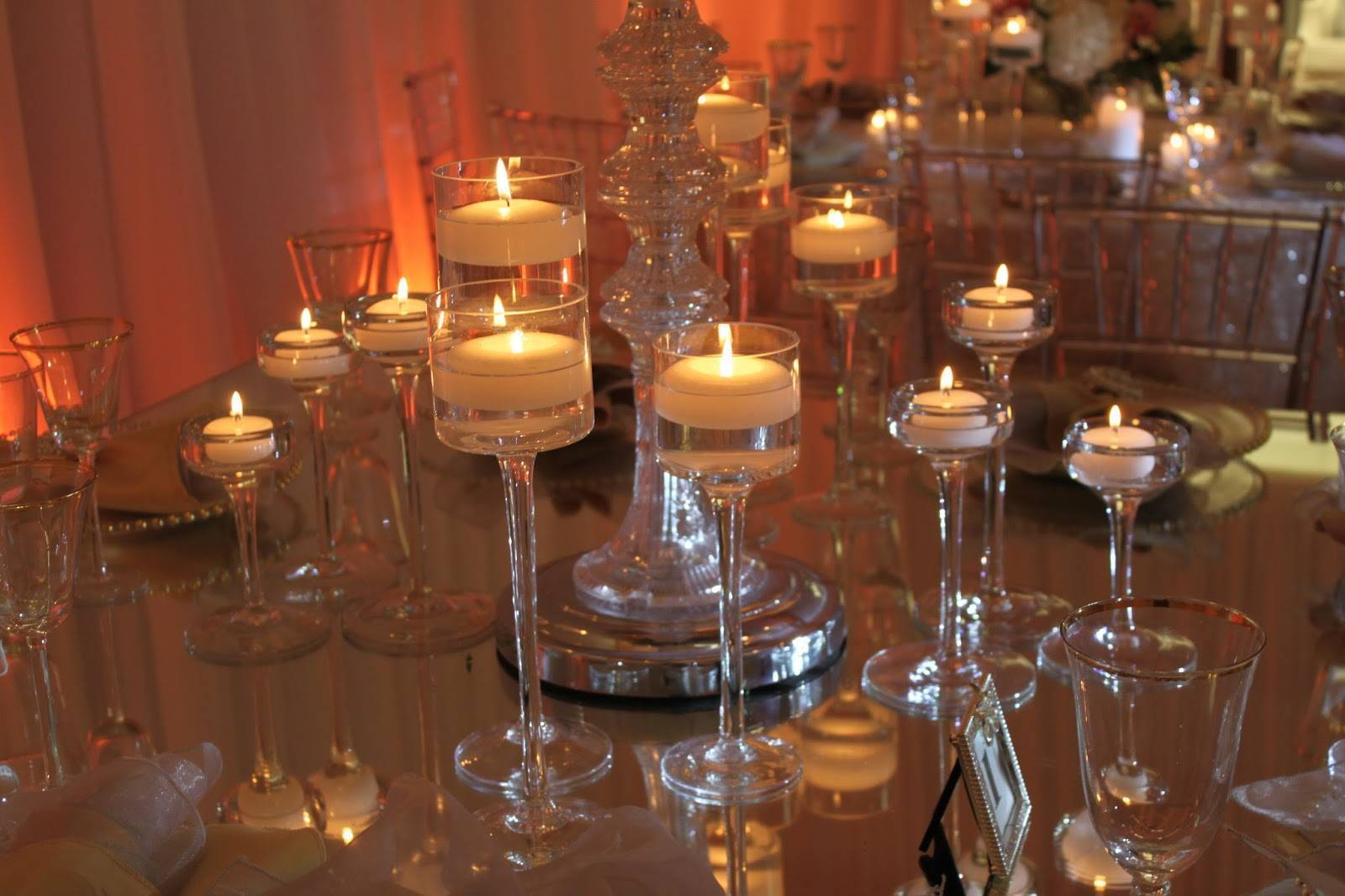 Add Some Wow to Your Wedding Using Candles