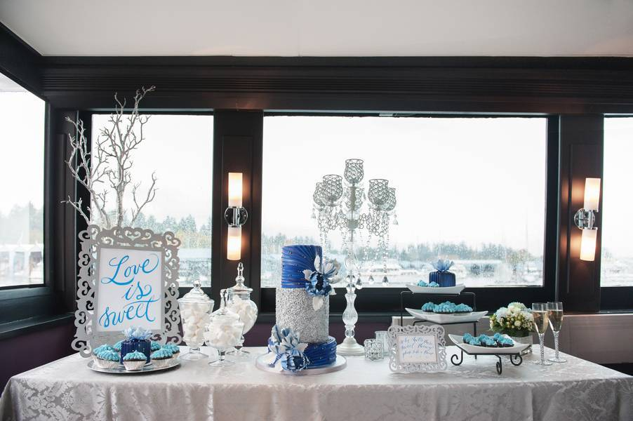 Blissful Yacht Wedding Inspiration