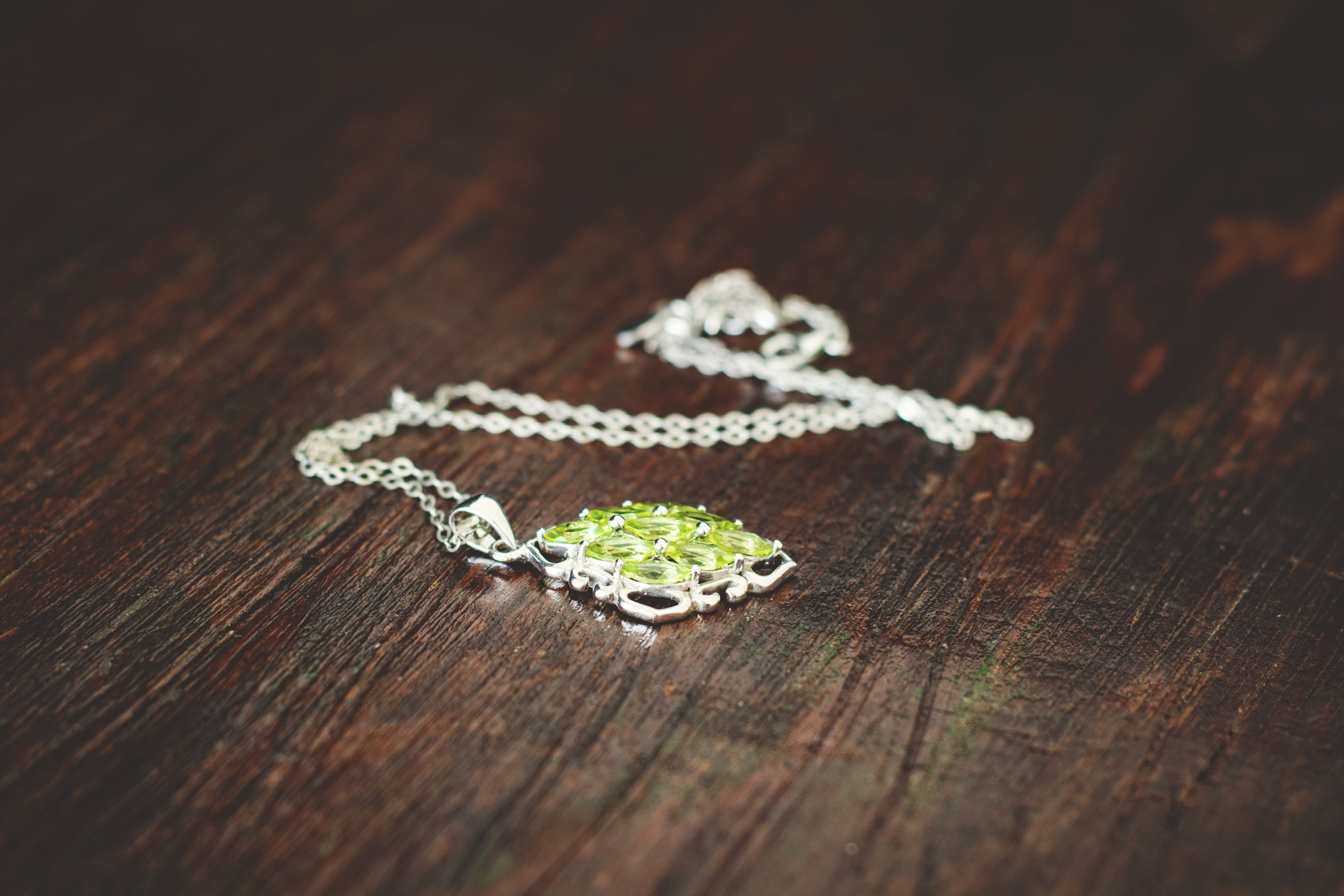 4 Reasons You Should Never Borrow Jewelry From Family: Especially If It Has A Legacy